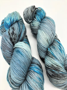 Traveler - Hand Dyed Fingering - 3 PLY - 80/20 SW Merino/ Nylon in blues, grey and black for crochet and knitting, toques, shawls, sock yarn