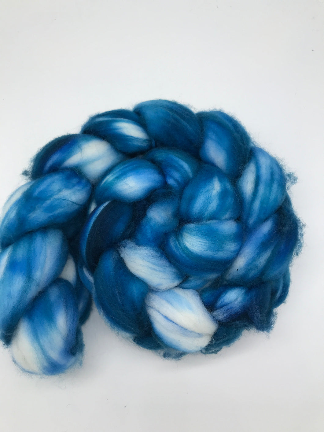 Dark Sky - Hand Dyed - 19.5 micron 100% Superwash Merino Top - For Spinning in white and blue