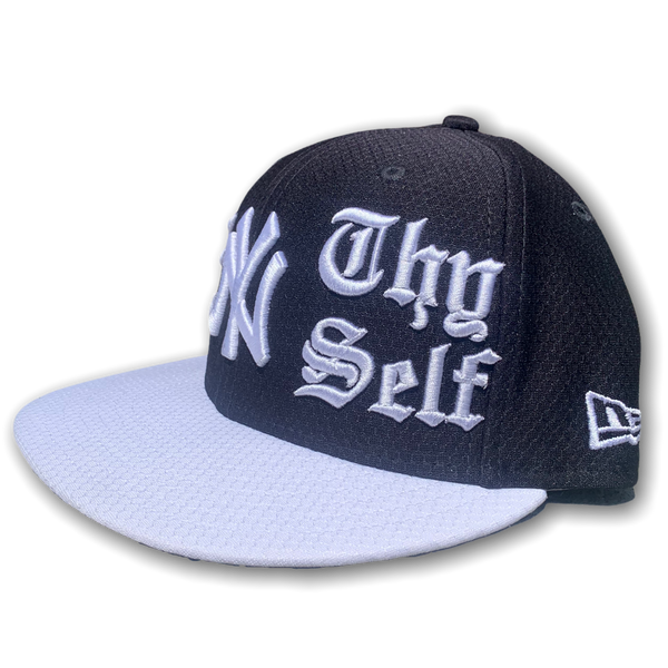 DeNY Thy Self Fitted Cap NYY ST