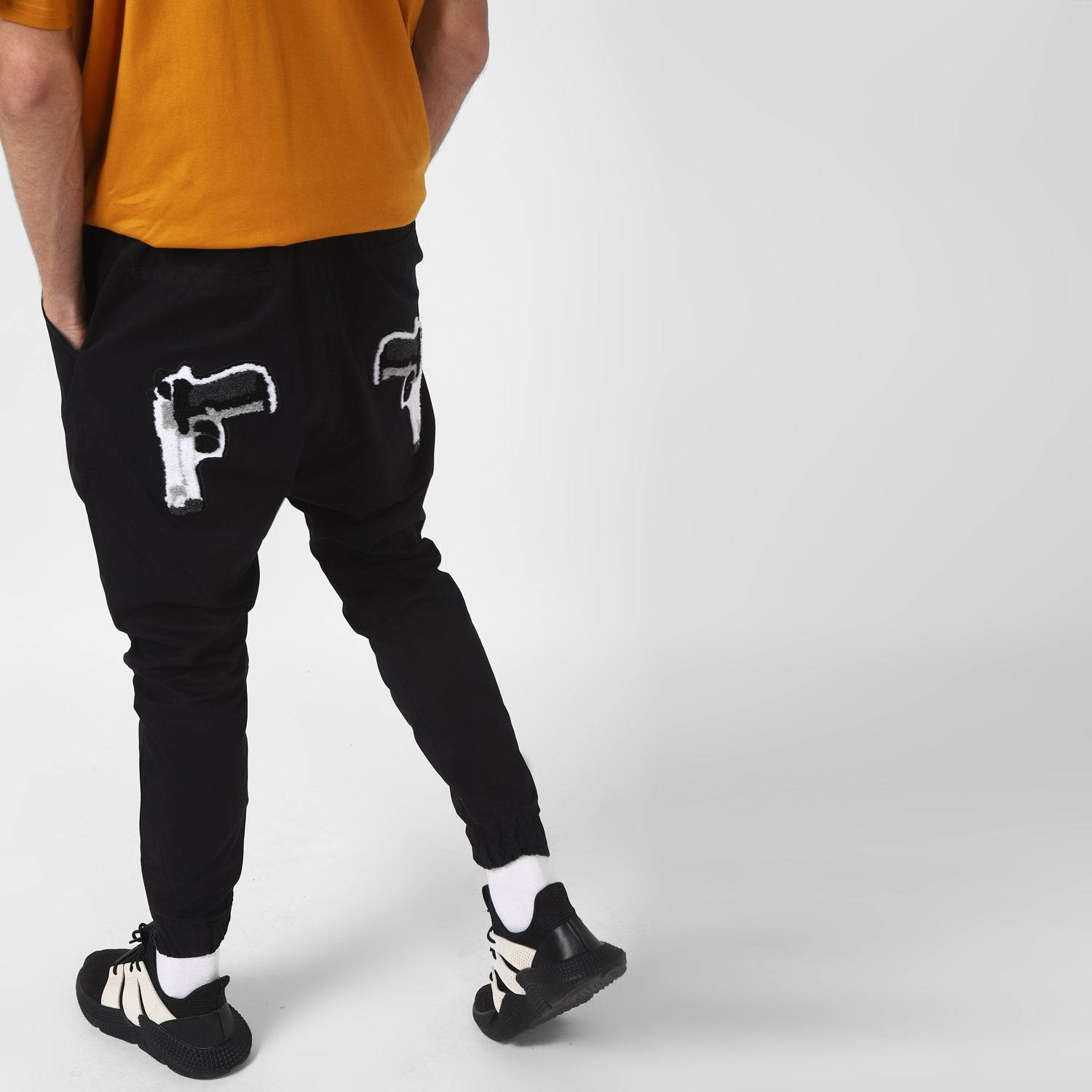 GUN DROP CROTCH JOGGERS