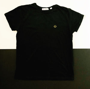 black smiley face t shirt | The Groovehouse