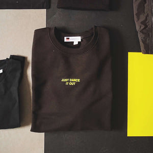 Black and yellow house music slogan sweater | The Groovehouse