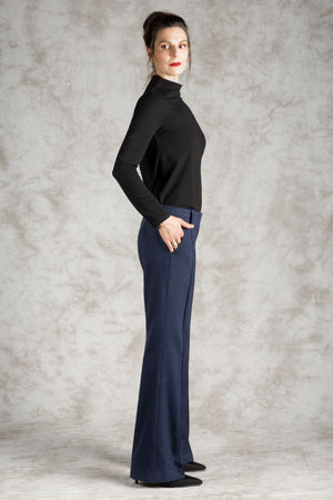 The Hemp/Wool Pin-Tuck Trouser