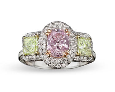 Fancy Pinkish Purple & Yellowish Green Diamond Ring, Center Diamond is an oval shape