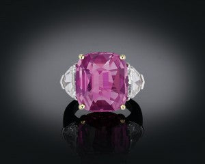 A rare Ceylon pink sapphire captivates in this exceptional ring