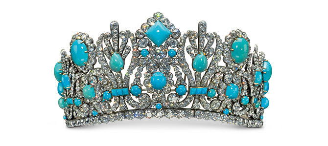 The diadem, or crown, Napoléon gave to Marie Louise upon their marriage. The crown was originally set with emeralds, but, in the 1950s, Van Cleef & Arpels sold the emeralds and had them replaced with turquoise.