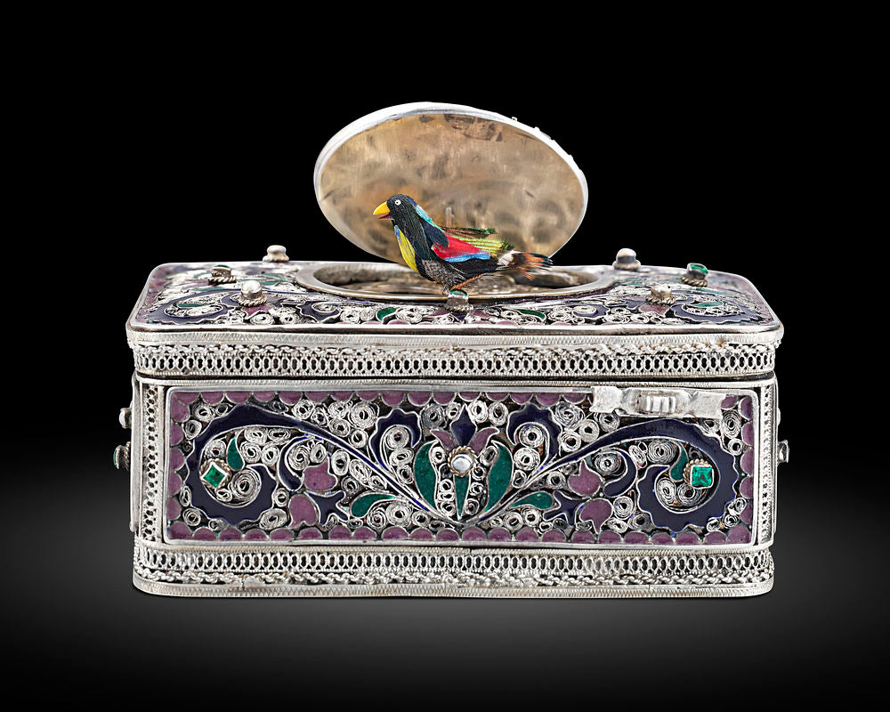 19th-century Hungarian silver and enamel tabatière, or singing bird box