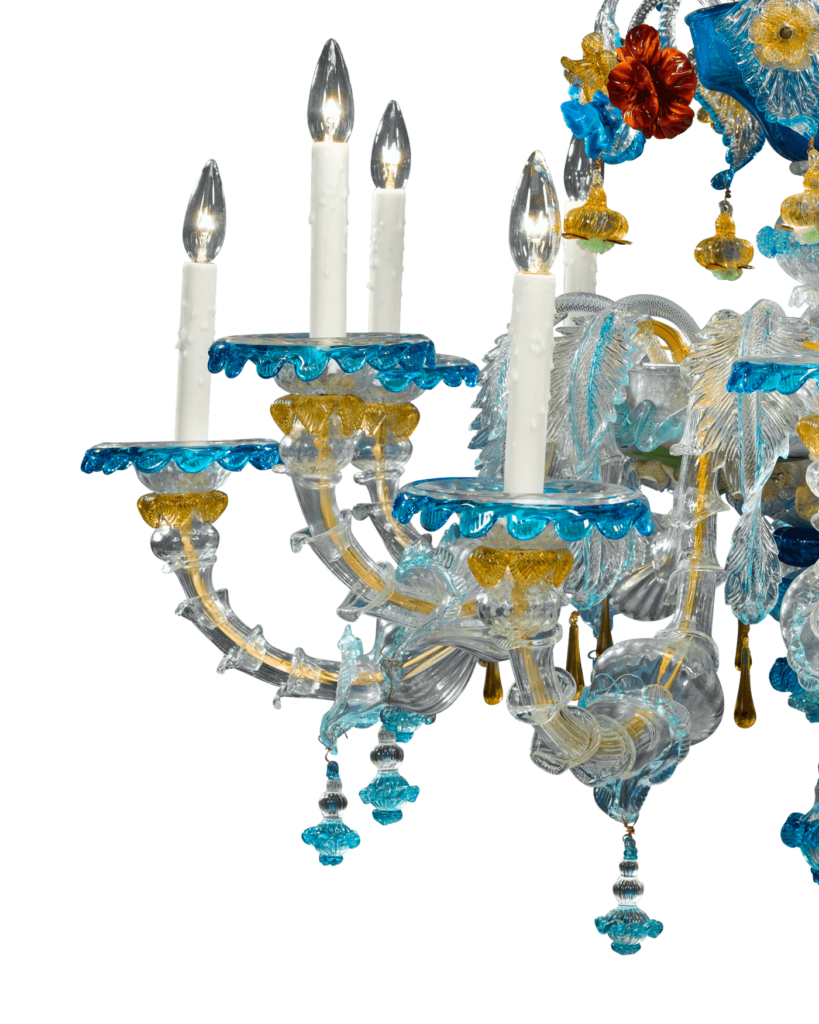 Close-up of the Murano glass chandelier. In terms of quality, artisanship and size, this chandelier is a testament to the over-700-year history of Venetian glass artistry.