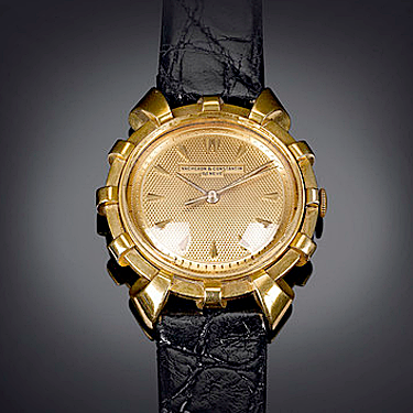 This rare Vacheron Constantin watch is housed in a desirable 18K yellow gold Spur-model case - See more at: https://uat.rauantiques.com/blog/?p=4677#sthash.mKc0yxjC.dpuf
