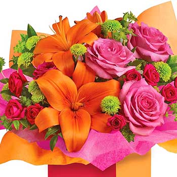 Send birthday flower gift box for girls