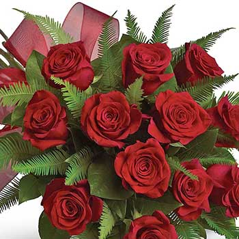 Bouquet of one Dozen Red Roses