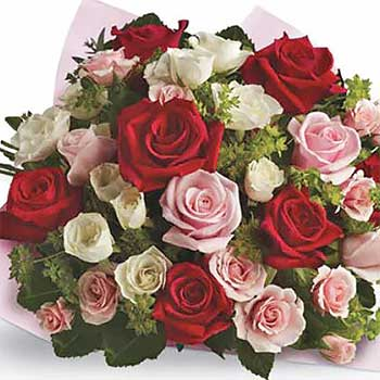 Classic Bouquet of Mixed Roses