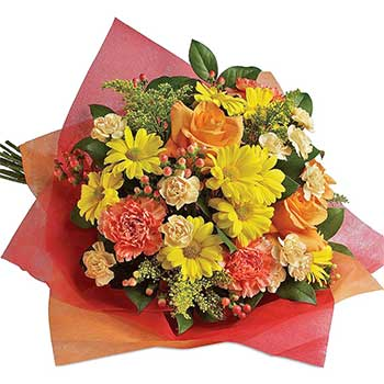 Send perfect round bouquet of playful posies