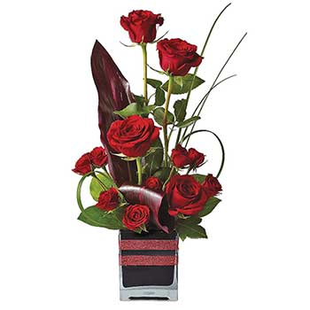 Send Spanish rose flower arrangement