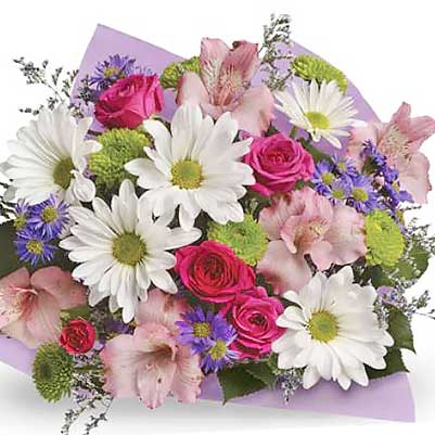 Buy pretty bouquet of mixed flowers