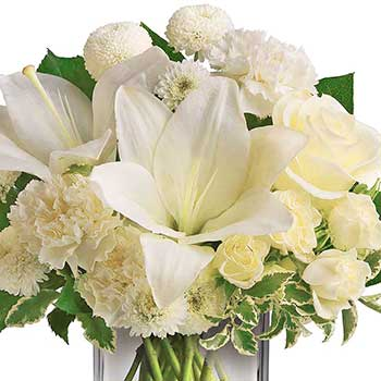 Send white perfection table flower arrangement