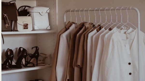 How to Organise & Declutter Your Wardrobe