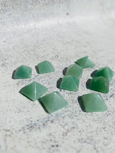 Load image into Gallery viewer, Green Aventurine Mini Pyramid