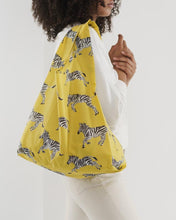 Load image into Gallery viewer, BAGGU Reusable Tote - Yellow Zebra