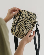 Load image into Gallery viewer, BAGGU Sport Crossbody - Leopard Honey
