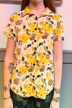 Load image into Gallery viewer, nooworks Joyce Vittoria Floral Button Down Top