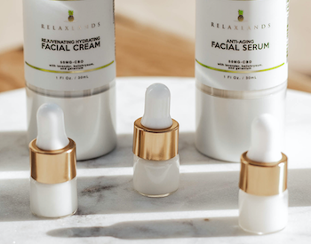 ANTI-AGING SERUM MINI BOTTLE by Relaxlands