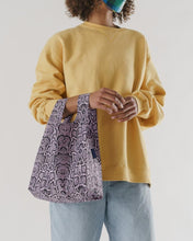 Load image into Gallery viewer, BAGGU Small Reusable Tote - Pink Snakeskin