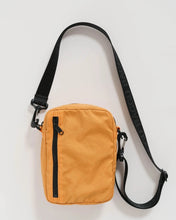 Load image into Gallery viewer, BAGGU Sport Crossbody - Apricot