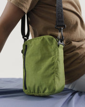 Load image into Gallery viewer, BAGGU Sport Crossbody - Green Apple
