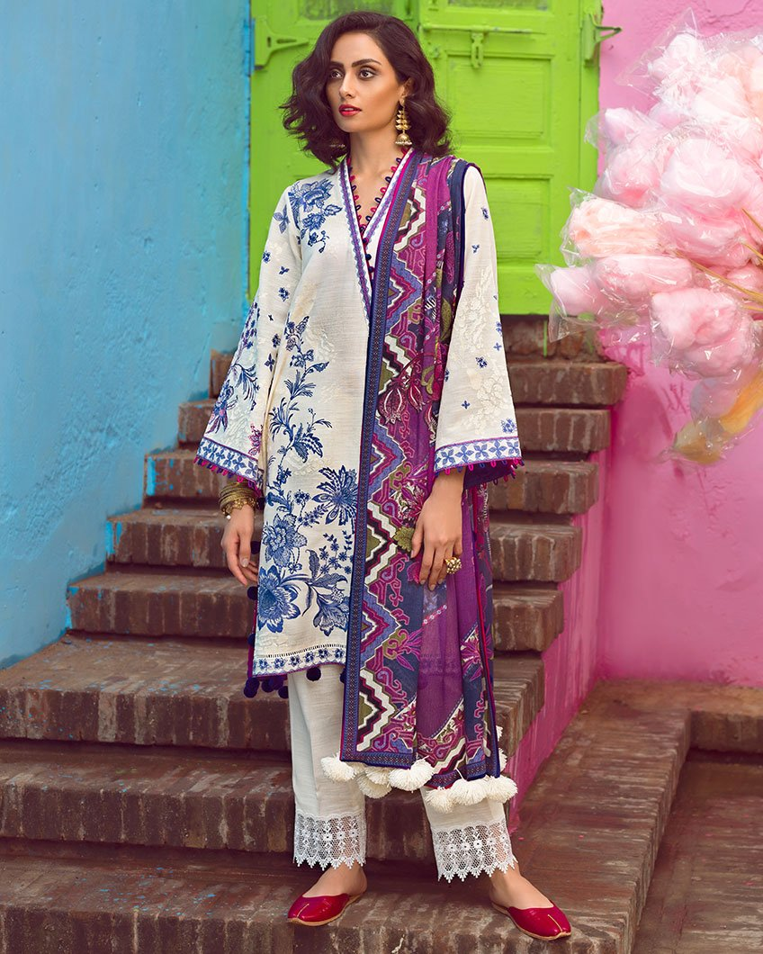 Shalimar ZW-10 (Zaha - Nafeesa Aur Taalia Unstitched Winter Collection)