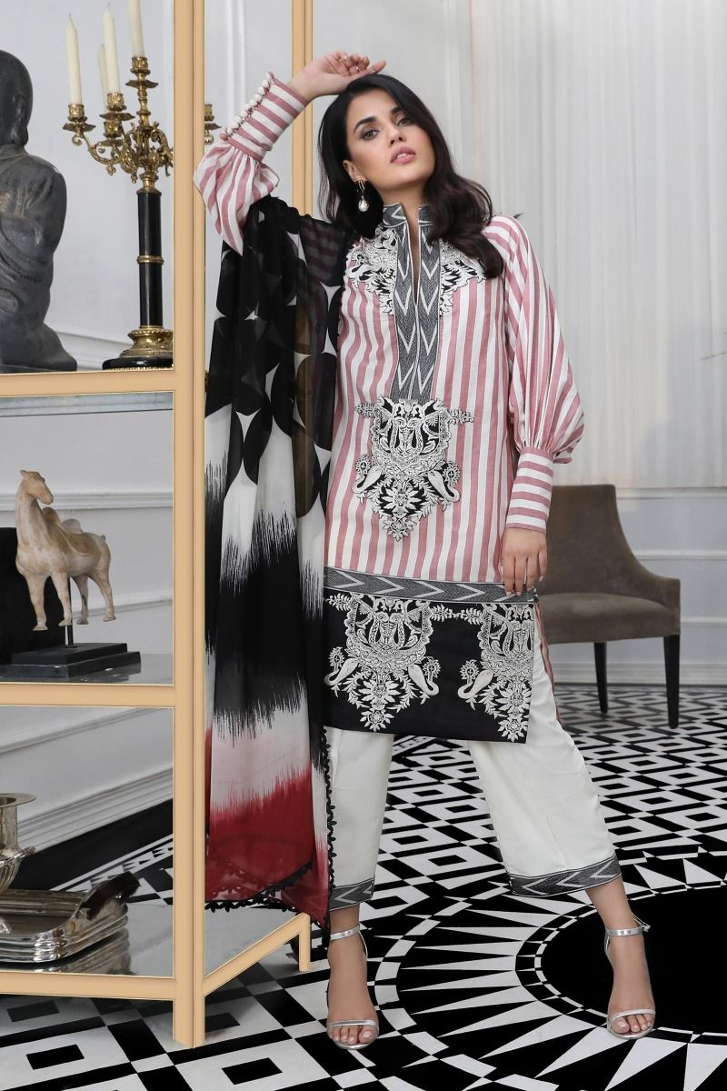 05 (Sana Safinaz Pre-Fall'19 Collection)