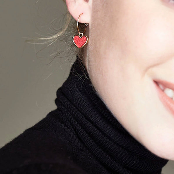 Ladies fashion contracted love-hearted earrings