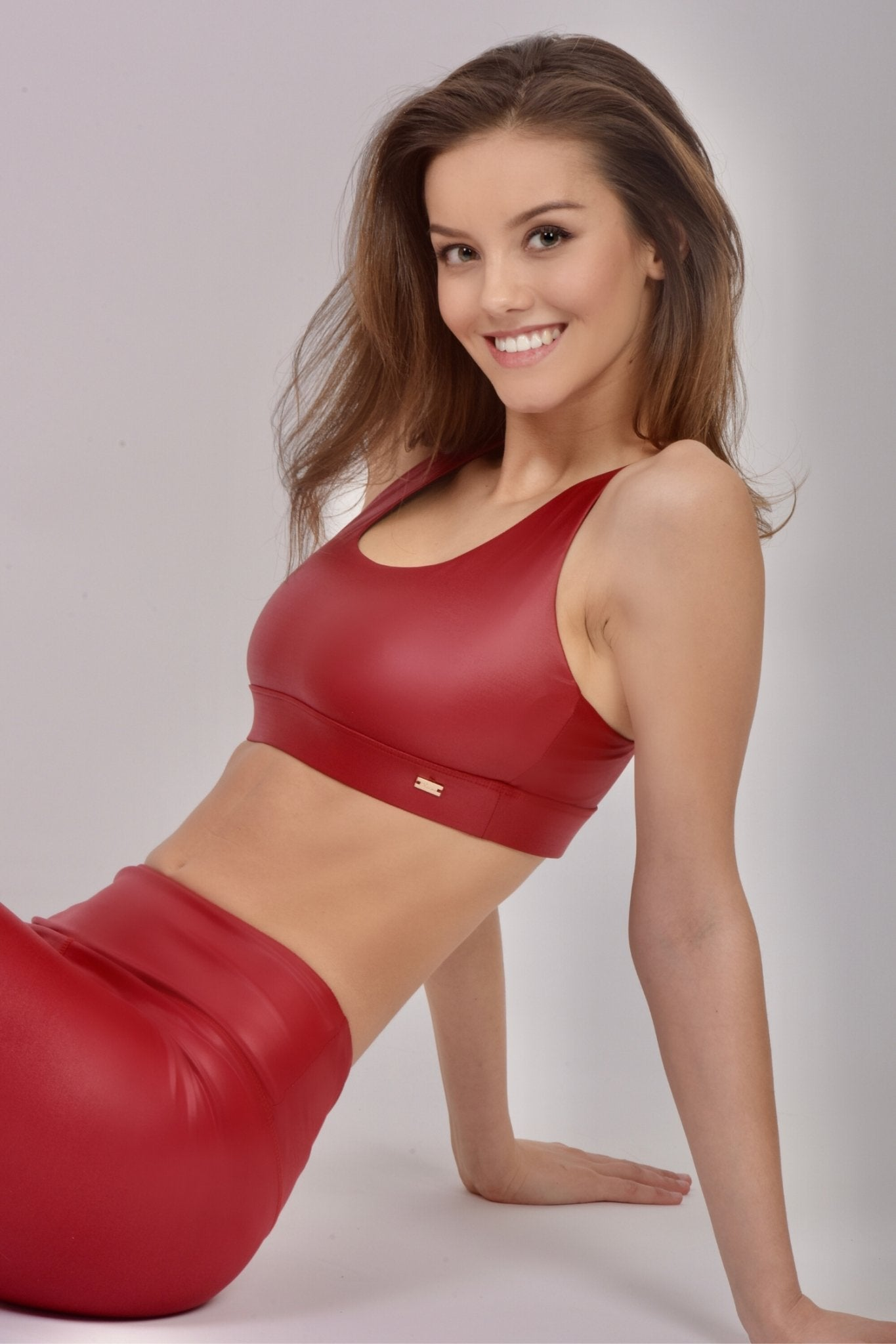 Shiny Red Sportbra - Xzena