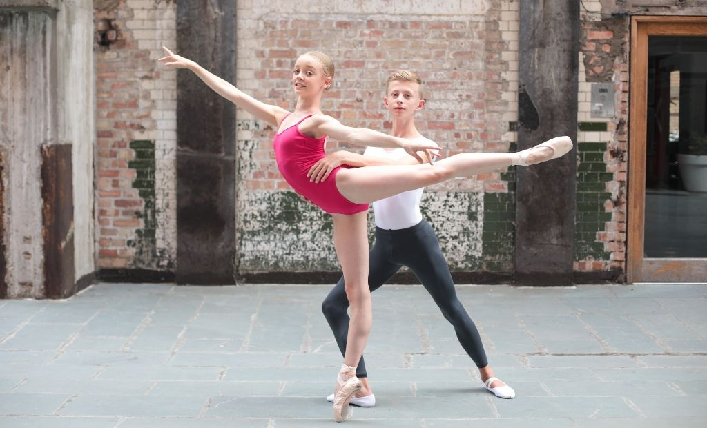 A pair of BLOCH Young Artists performing ballet together