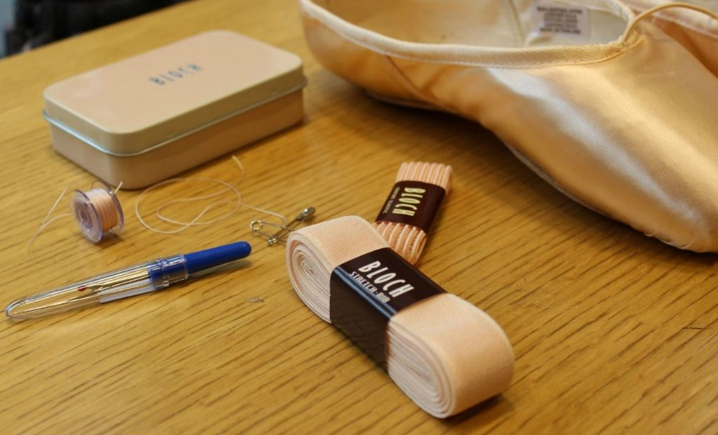 Sewing your BLOCH Pointe Shoes