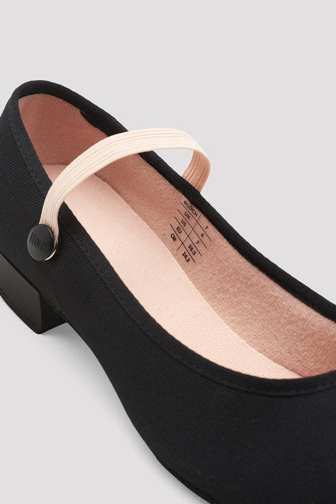Ladies Accent Low Heel Character Shoes
