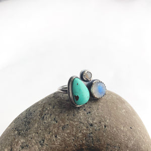 Multi-gemstone cluster ring with royston turquoise, rainbow moonstone, and peach moonstone by Knucklekiss