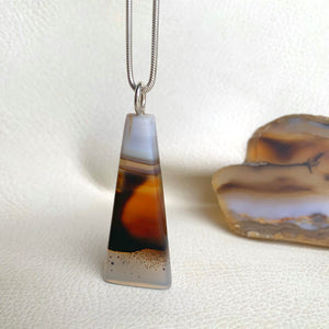 TALL PEAK MONTANA AGATE NECKLACE
