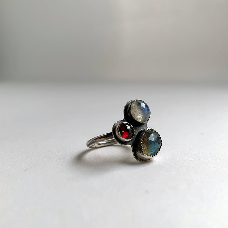Multi-stone Cluster Ring with Rainbow Moonstone, Labradorite & Garnet, Size 7