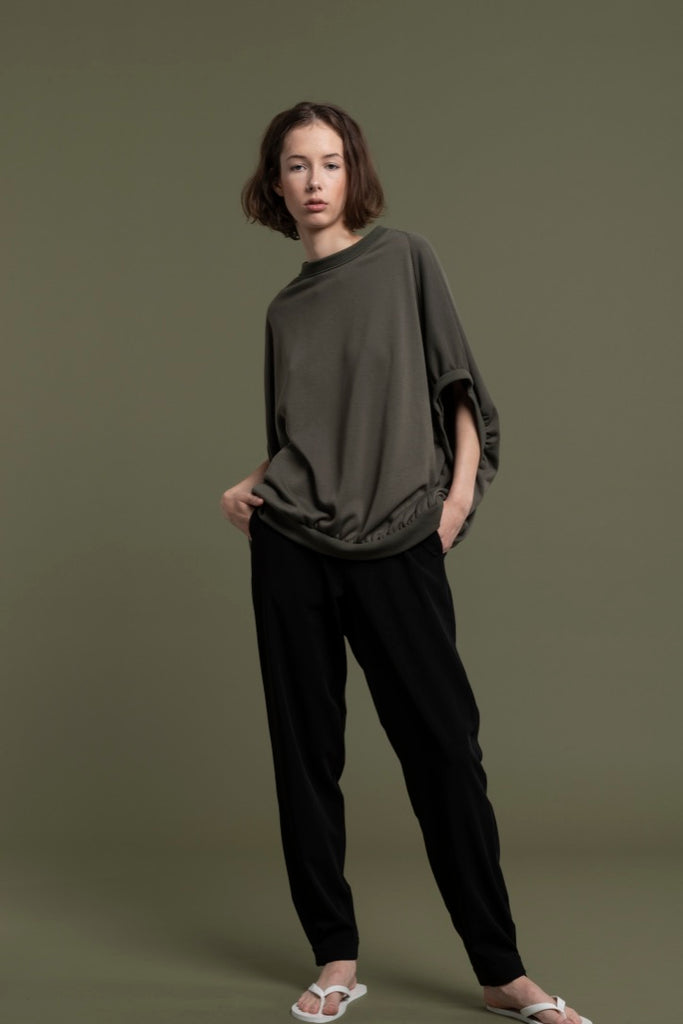 BELTED FRONT TROUSERS / SILKY POLY JERSEY - C2