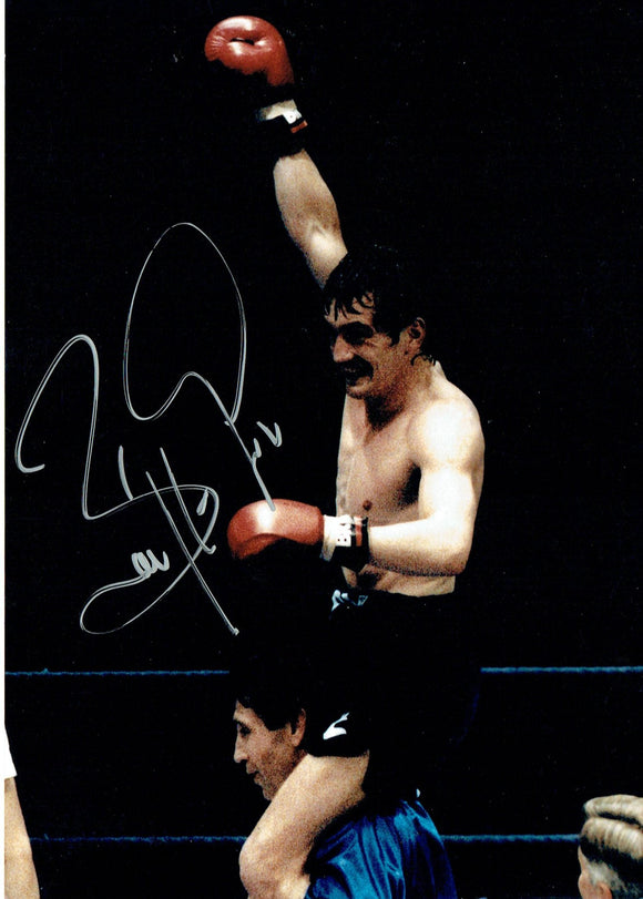 Barry McGuigan - 7 x 5 Autographed Picture