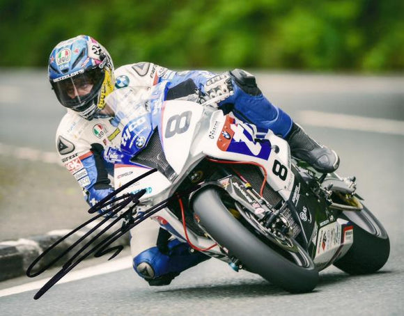 Guy Martin - Laurel Bank - TT 2015 - 10 x 8 Autographed Picture