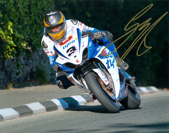 Guy Martin - Greeba Castle - TT 2012 - 10 x 8 Autographed Picture