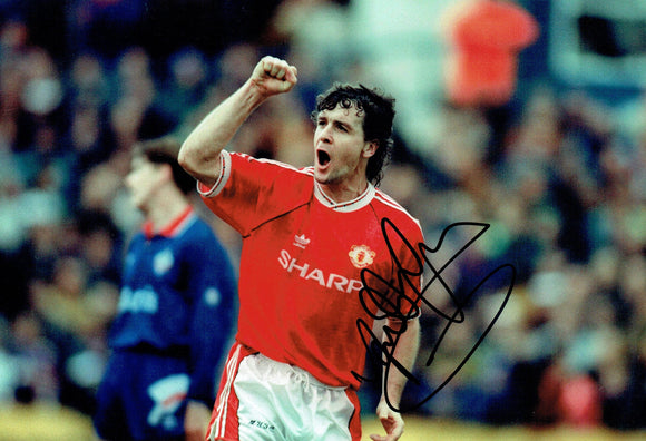 Mark Hughes - Manchester United - 12 x 8 Autographed Picture