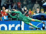Edwin Van Der Sar - Manchester United - Moscow 2008 - 16 x 12 Autographed Picture