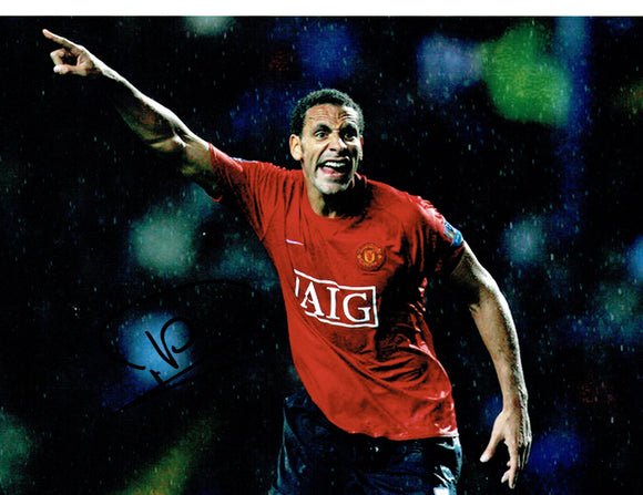 Rio Ferdinand - Manchester United - 10 x 8 Autographed Picture