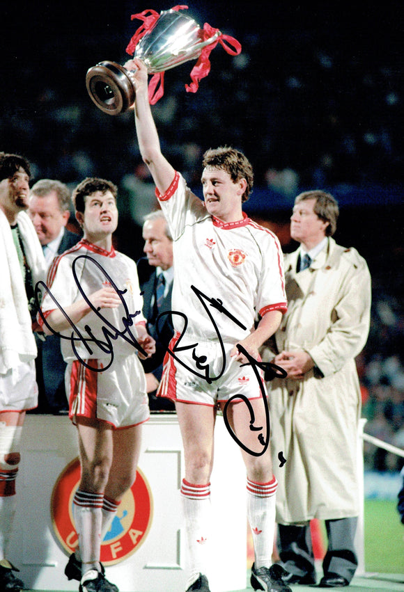 Steve Bruce & Denis Iwrin - Manchester United - 1991 Cup Winners Cup Final - 12 x 8 Autographed Picture