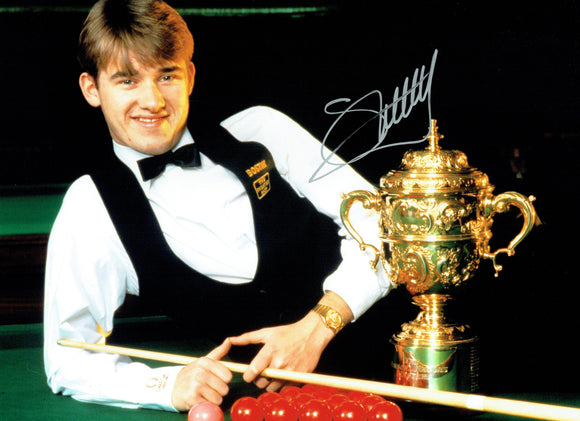 Stephen Hendry - 16 x 12 Autographed Picture