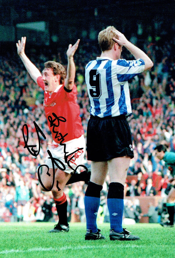 Steve Bruce - Manchester United - 12 x 8 Autographed Picture