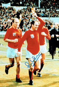 Ray Wilson - England - 1966 World Cup Final - 12 x 8 Autographed Picture